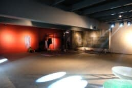 A commerical studio location that would be suitable for music videos.